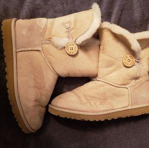 UGG sand boots